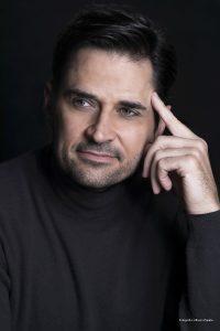 Jean-Paul-Leroux-Headshot-Galeria-04-Credito-Foto_Alfonso-Zapata